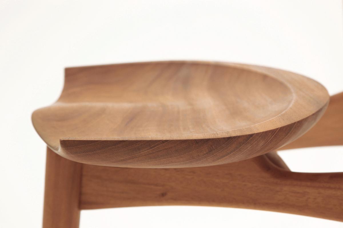Luna stool